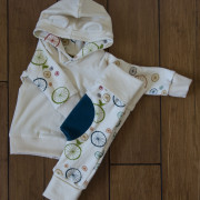 Birdie Spokes teal miniloons and hoodie